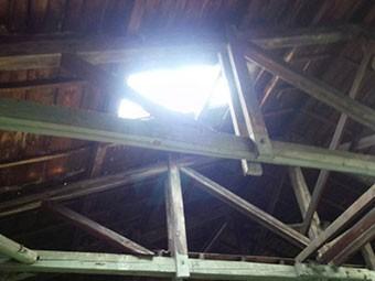 工場内天窓