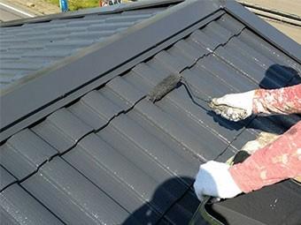 藤岡市 屋根塗装 上塗り2回目