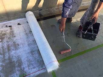 前橋市 屋上防水 ガラスマット一層目