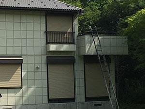 北軽井沢の別荘でベランダ内壁塗装と洗浄