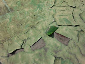 渋川市渋川でベランダ防水の塗装が剥がれた状態
