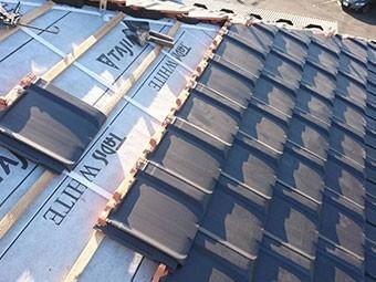 前橋市富士見町 屋根瓦葺き替え工事 瓦取り付け