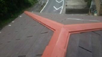高崎市貝沢町の六角形屋根のお宅、サビ止めを塗装