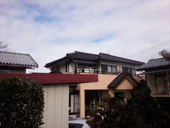 高崎市中里見町のI様邸瓦屋根南面写真