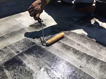 前橋市屋上防水 プライマー塗布