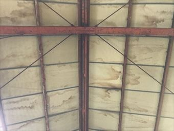 桐生市新里町I様工場の天井