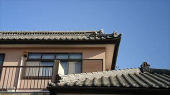 亀泉町瓦屋根の調査