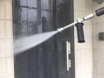 玄関高圧洗浄