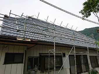 屋根足場施工後