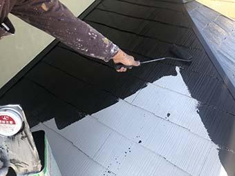 前橋市敷島町 屋根塗装 中塗り