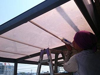 前橋市岩神町マンション2階テラス天井修理