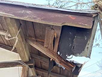 長野原町Y様下屋根軒裏破損部分
