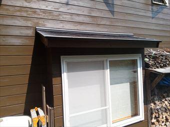 吾妻郡長野原別荘木の壁と窓