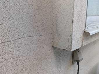 外壁のひび