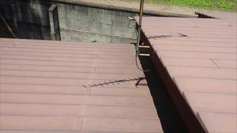 渋川市赤城町公民館段差トタン屋根