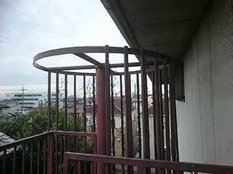 マンション外階段