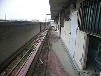 前橋市古市町マンション外廊下