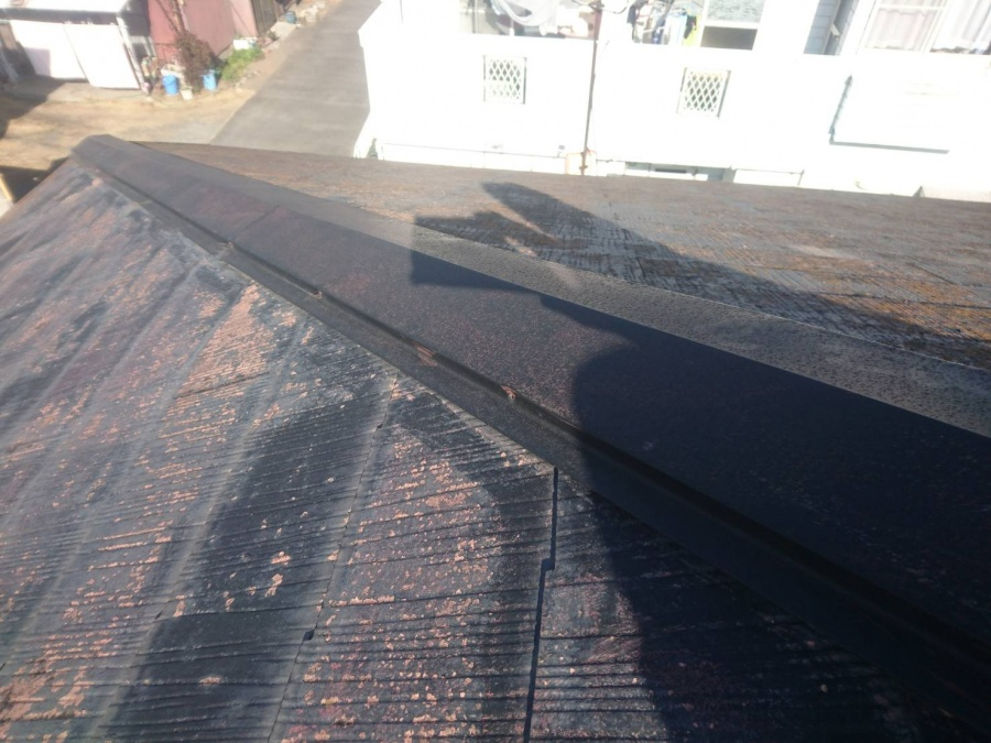 前橋市駒形町 強風で外れた棟板金の修理