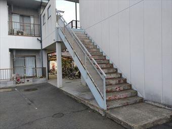 前橋市箱田町I様邸階段塗装