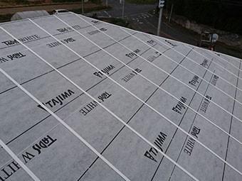 前橋市富士見町 屋根瓦葺き替え工事 防水紙(ルーフィング)張り