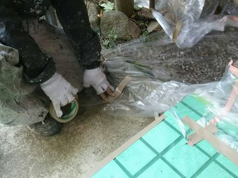 前橋市塗装前の床ビニール養生