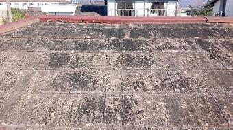 太田市築25年コロニアル屋根初の塗装工事(施工前の屋根)