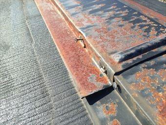 前橋市下川町屋根棟板金のクギ浮きとサビ