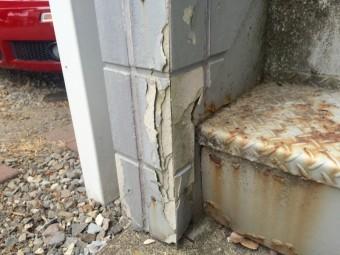 渋川市伊香保町外壁破損部分