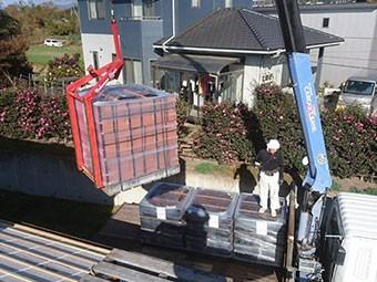 前橋市富士見町 屋根瓦葺き替え工事 瓦搬入