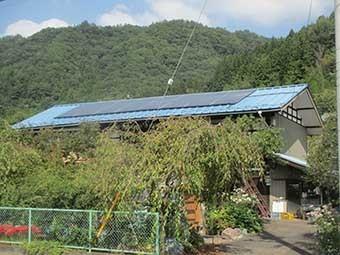 東吾妻町S様邸屋根ソーラーパネル