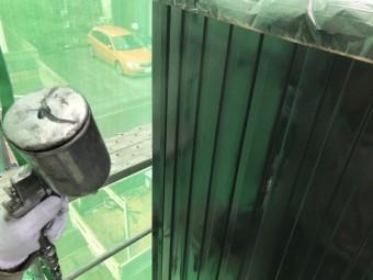 高崎市倉賀野町外壁ガルバリウムの中塗り