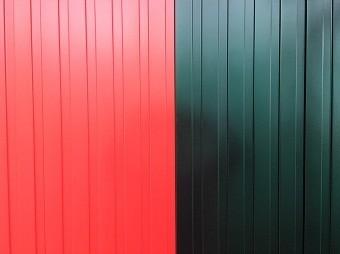 高崎市倉賀野町でガルバリウム面の外壁塗装完了