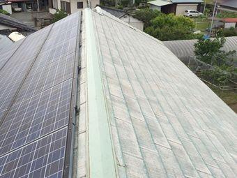佐波郡玉村町ソーラーパネルのあるお宅の屋根の施工前