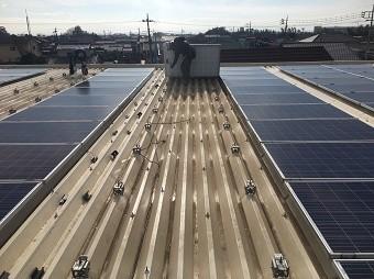 伊勢崎市波志江町でソーラーパネルの撤去作業