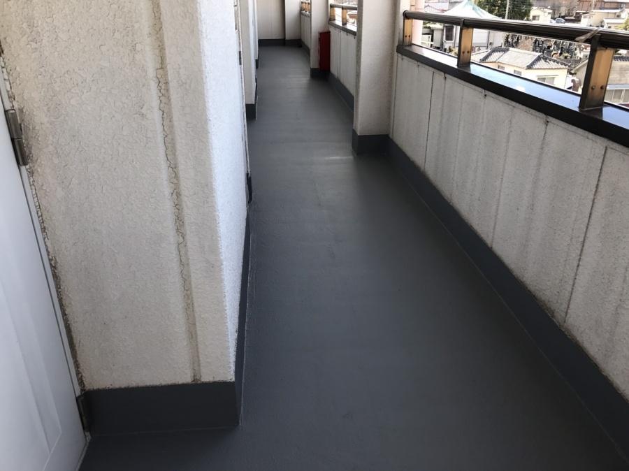 前橋市三河町マンション廊下防水工事2