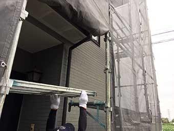 住宅塗装の足場組立