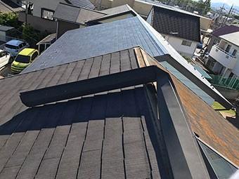 強風で屋根はがれ