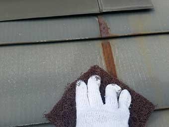 北軽井沢屋根一部塗装ケレン
