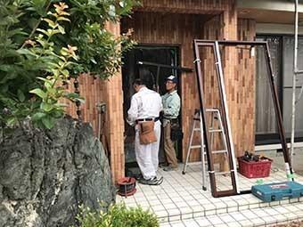 前橋市 既存玄関欄間部 撤去作業
