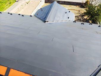 玉村町屋根塗装 中塗り