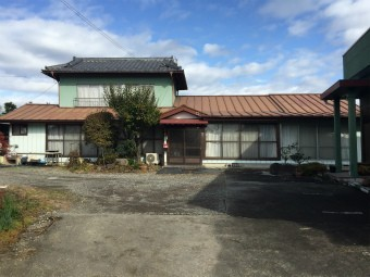 渋川市北橘町T様邸屋根塗装工事前南側