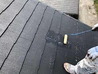 前橋市富士見町 コロニアル屋根下塗り2回目