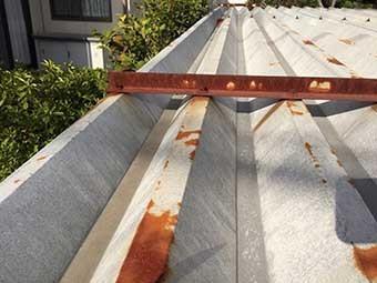 前橋市関根町ガレージ折板屋根アップ