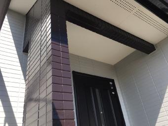 玄関柱、完工写真1