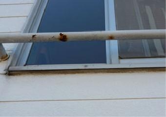 サビが発生した窓の手摺部分